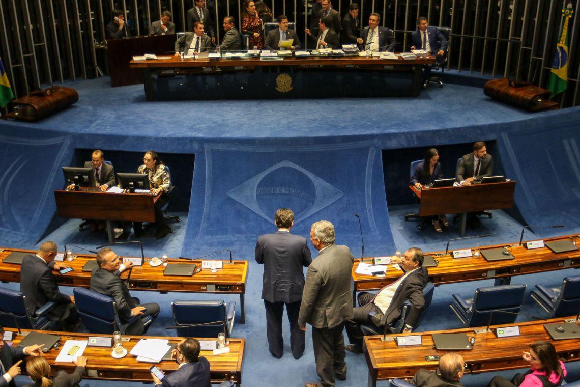 pzzb1886 - Presidente do Senado confirma votação da reforma da Previdência para esta terça-feira