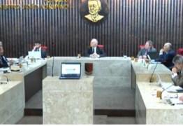 Conselheiro do TCE sugere que novato julgue contas de João: 'Isso faria governador escolher o próprio relator'; VEJA VÍDEO