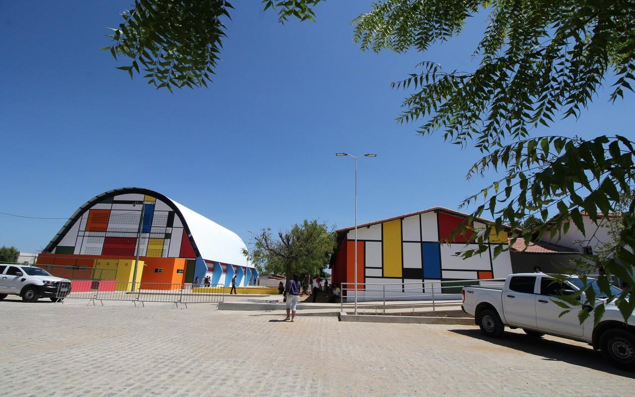 unnamed 2 1 - João Azevêdo entrega reforma e ginásio de escola cidadã integral em Cajazeiras