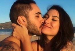 Cantor Diogo, da Banda Melim, assume namoro com Bianca Andrade e faz declaração no aniversário da blogueira