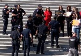Aos 81 anos, atriz é presa durante protesto ambiental