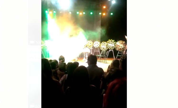 Capturar 6 - ÚLTIMO ATO: No palco do Santa Rosa Roberto Cartaxo é homenageado por artistas - VEJA VÍDEOS