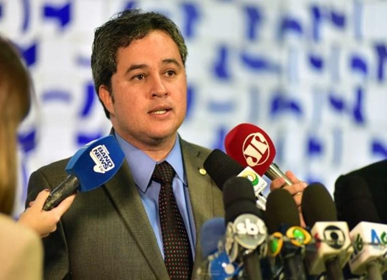 Efraim Filho: discussão sobre impeachment é 'prematura' e 'desnecessária'