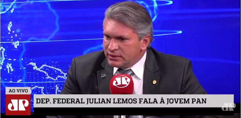 JULIAN LEMOS 1 - 'Posso me trocar com uma criança?': Julian Lemos responde filhos de Bolsonaro e reforça que jamais romperia com o presidente