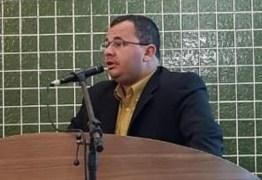 IMPACTO DE R$ 400 MIL: vereador denuncia criação de 15 cargos desnecessários na Câmara de Cabedelo; VEJA VÍDEOS E DOCUMENTOS