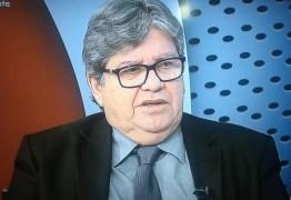 UM ANO APÓS ELEIÇÃO PARA O GOVERNO: João Azevedo admite não falar com Ricardo Coutinho 'há mais de 30 dias'
