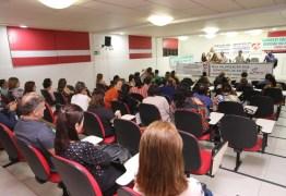 Vereador Marcos Henriques se une com servidores da saúde e anuncia paralisação da categoria