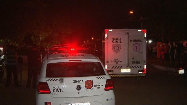 assalto mercadinho 300x169 - Homem é morto a tiros ao tentar assaltar supermercado em João Pessoa