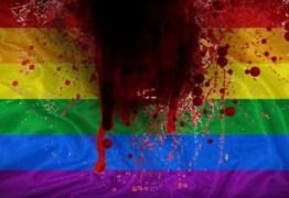 Vítima de homofobia sobrevive a 22 facadas e foge