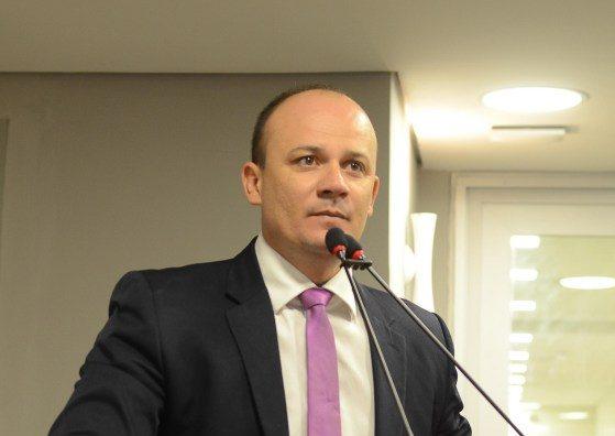 cabo gilberto e1571155980225 - Cabo Gilberto responde discurso de Ricardo e pede 'respeito à democracia'
