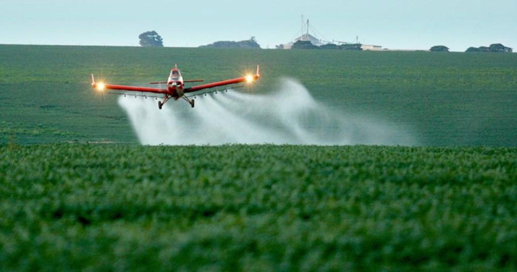 credito agncia brasil 1024x538 - AGRONEGÓCIO: Governo autoriza 57 agrotóxicos; total de liberações no ano vai a 382