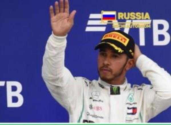 fórmula 1 300x219 - Liclerc lidera primeiro treino livre em Sochi e Ferrari se destaca