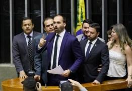 TJDF suspende processos disciplinares de 19 deputados bolsonaristas