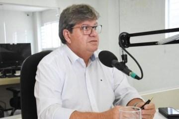 joao entrevista 600x375 - No Dia dos Professores, João reforça trabalho do governo na valorização dos docentes: 'Estamos comemorando cada vez mais avanços'
