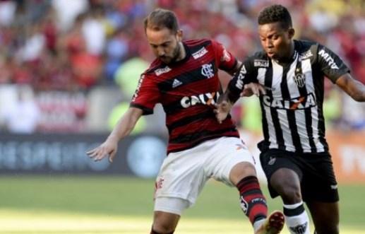 jogo 300x192 - INVENCIBILIDADE: Flamengo enfrenta Atlético-MG nesta quinta no Maracanã onde não perdeu ainda na competição