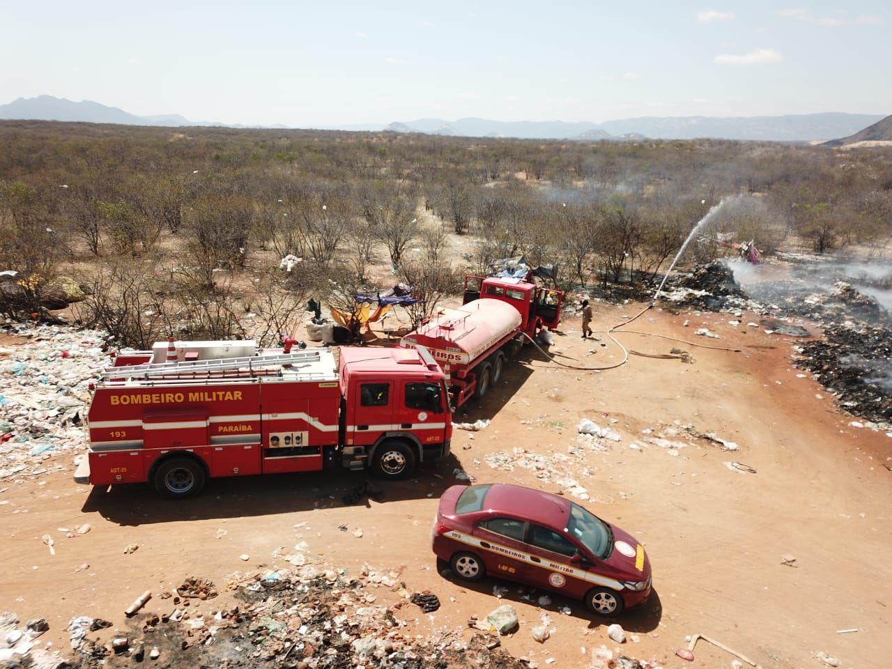 lixão - Lixão de Patos queima há três dias e população sofre consequências da fumaça