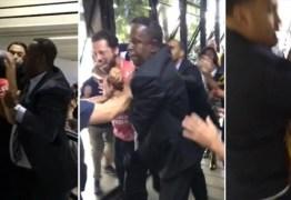 Professor é espancado por policiais durante votação da 'escola sem partido' na Câmara dos Vereadores – VEJA VÍDEO