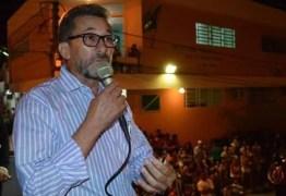 Prefeito paraibano renuncia mandato na Paraíba