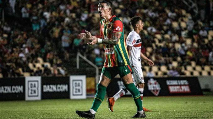 rodrigo andrade 2 678x381 - Botafogo-PB acerta com meio-campista vice-campeão da Série C