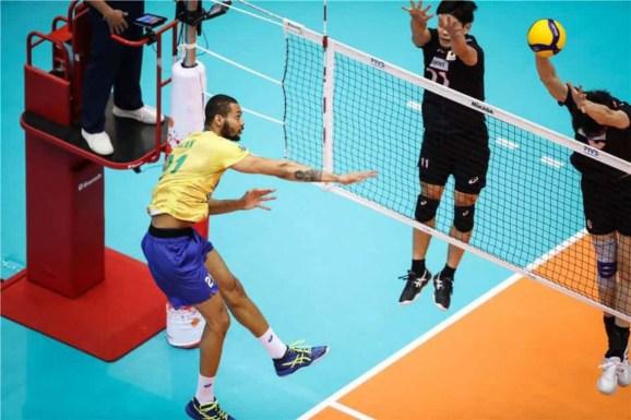 rysy58m 300x200 - Brasil chega invicto ao tri na Copa do Mundo de Vôlei Masculino