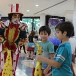 1648b061 9b70 4b55 9e37 0cc84038e328 - Clientes, funcionários e lojistas comemoraram 30 anos do Manaira Shopping com dia de festa