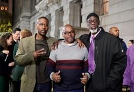 JUSTIÇA FOI FEITA: três homens negros são inocentados após cumprirem 36 anos de prisão perpétua