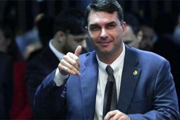 Ministério Público do Rio abre 3ª investigação contra Flávio Bolsonaro