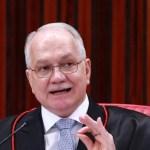 31ago2018 o ministro edson fachin durante sessao extraordinaria no tribunal tribunal superior eleitoral tse em brasilia df nesta sexta feira 31 1535762173416 v2 900x506 - Fachin bloqueia R$ 1,1 milhão de Collor em investigação de irregularidades em licença de porto no Paraná