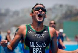 Brasileiro Manoel Messias vence Copa do Mundo de Triatlo, no Peru