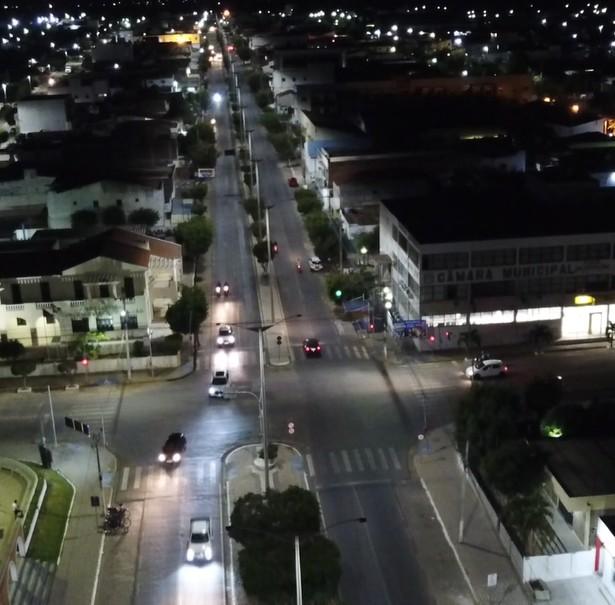 902f6d81 0f90 4bc8 83de 4116f2fa5b5e - População de Monteiro, Congo e Cajazeiras é beneficiada com renovação da iluminação pública