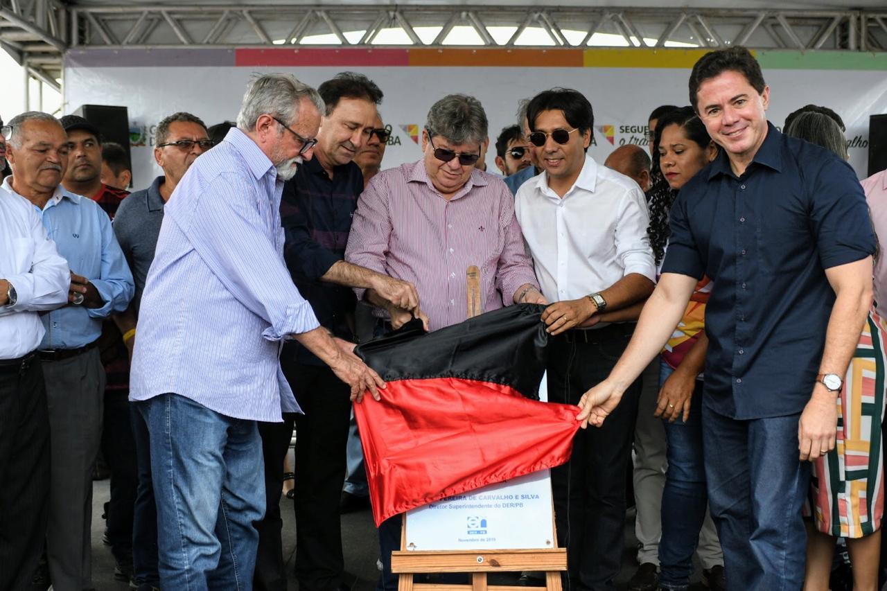 9ecff2fb 92b0 4620 91de 30621e654232 - João Azevedo inaugura obras e promete novas ações em Cacimba de Dentro