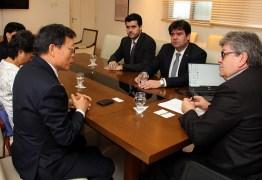 João Azevêdo se reúne com embaixador de Taiwan e apresenta potenciaisturísticos, energéticos e econômicos da Paraíba