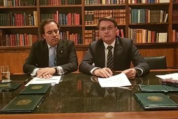 Em live, Bolsonaro volta a citar Cássio e elogia Romero Rodrigues: 'Festa maravilhosa'; VEJA VÍDEO