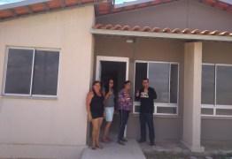 Moradora fala da emoção em receber a casa no ´Aluízio Campos´ – VEJA VÍDEO