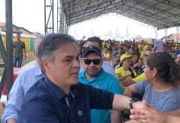 'ROUBOU' A CENA: Cássio é ovacionado durante chegada à solenidade de entrega do Aluízio Campos – VEJA VÍDEO