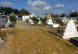 Cemitérios de Conde passam por serviços de manutenção para receber a população neste dia de finados