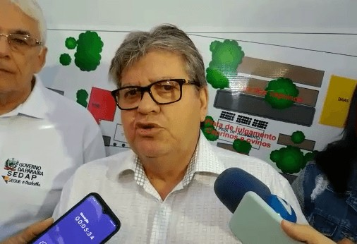 JOAO AZEVEDO - João Azevêdo entrega travessia urbana em Cacimba de Dentro e reforma de escola em Solânea