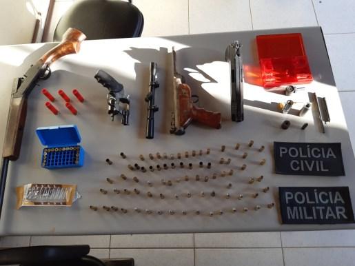 WhatsApp Image 2019 11 01 at 08.54.38 300x225 - Operação 'Conceição' prende cinco e apreende armas e munições em cidades do Cariri paraibano