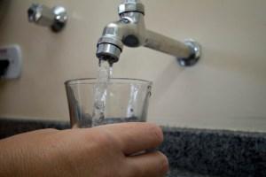 agua marcos santos usp imagens 2 696x464 300x200 - Mais de 25 localidades da Grande JP ficam sem água nesta terça; confira