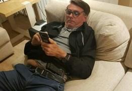 ASSESSORIA: Com saída de Carlos Bolsonaro das redes sociais, Twitter de Bolsonaro apresenta mudanças