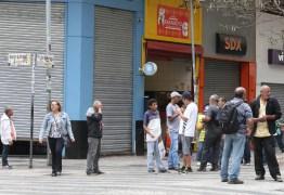 2,5 MILHÕES DE PROFISSIONAIS 'MAL ACOMODADOS': dobra o número de pessoas com faculdade sem emprego ou em trabalho precário