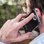 façando ao telefone celular - RECADASTRAMENTO: Usuários podem perder linha telefônica caso dados não sejam atualizados - ENTENDA