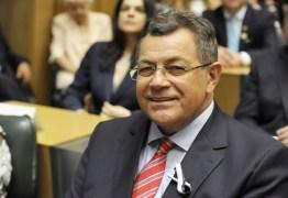 Deputado do PT vai pedir cancelamento de homenagem a Pinochet na Alesp