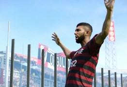 Gabigol faz dois, e Flamengo bate River em simulação de final da Libertadores