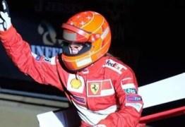 Filha de Schumacher homenageia o heptacampeão da fórmula 1 durante prova de equitação