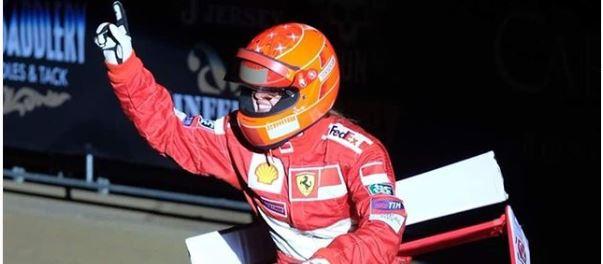 gina schumacher - Filha de Schumacher homenageia o heptacampeão da fórmula 1 durante prova de equitação