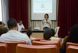 Comissões Parlamentares e Leis Orçamentárias são temas de palestra formativa do Aprendiz de Vereador