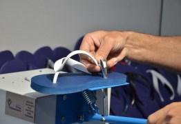 FÁBRICA DE SANDÁLIAS: 'Calçados para Liberdade' é inaugurada na Penitenciária Sílvio Porto