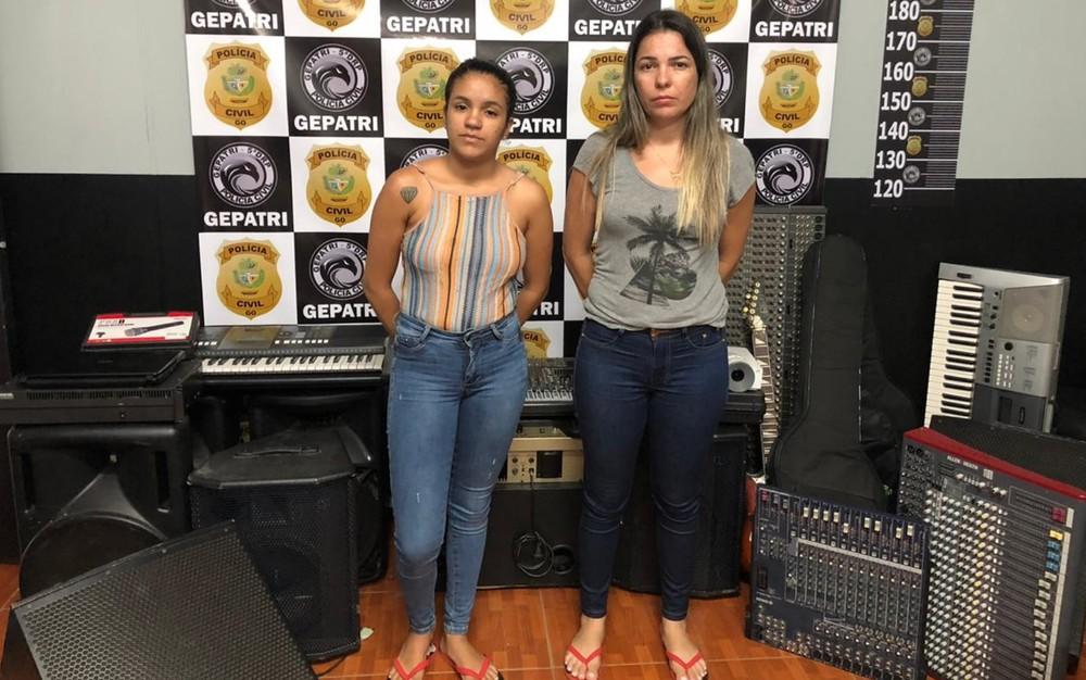 instrumentos - Mãe e filha são presas suspeitas de furtar instrumentos musicais de igrejas