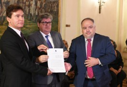 João Azevêdo assina acordo de cooperação com CNJ e TJPB para instalação do Escritório Social na Paraíba